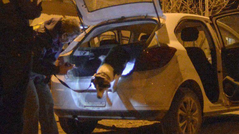 Policías denuncian que les plantaron droga en el auto