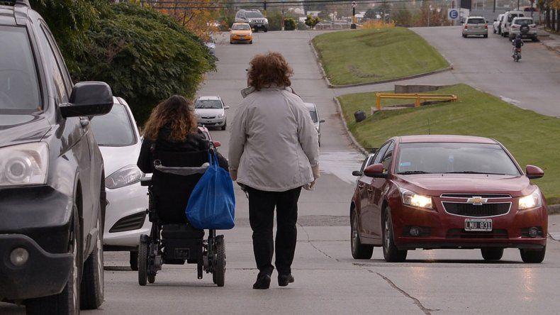Tienen discapacidad y están a la deriva sin su certificado