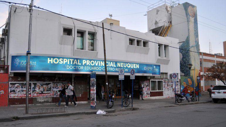 Faltan médicos y colapsó la guardia del Castro Rendón