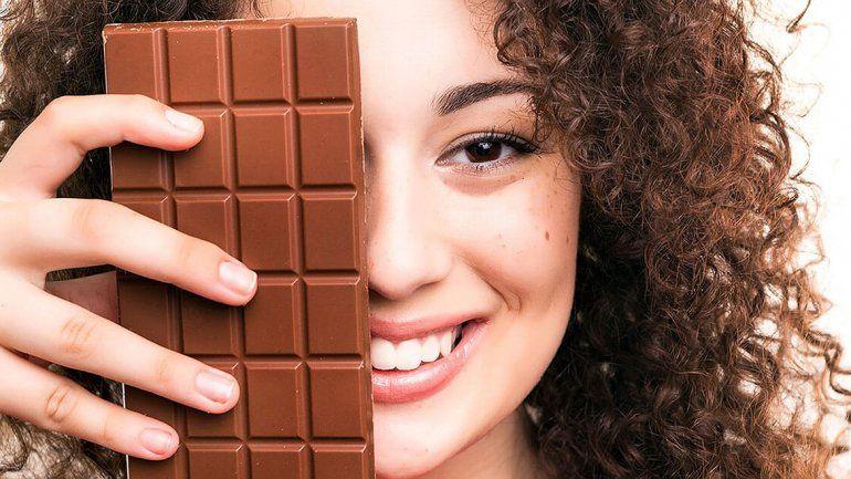 Una barra de chocolate negro mejora la visión