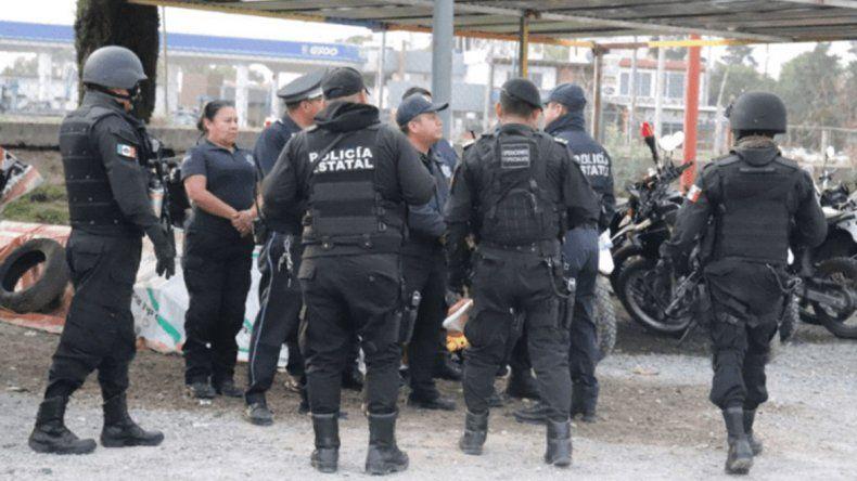 México: de 185 policías, 113 eran agentes truchos