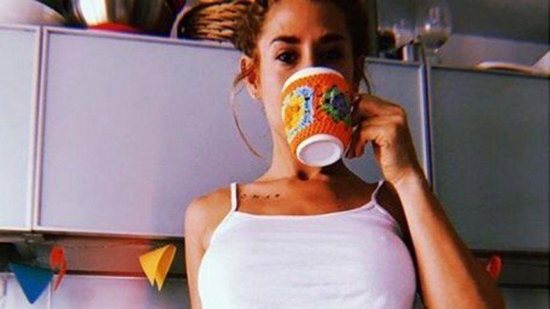 Jimena invitó a abrigar al café en una mañana bastante fría