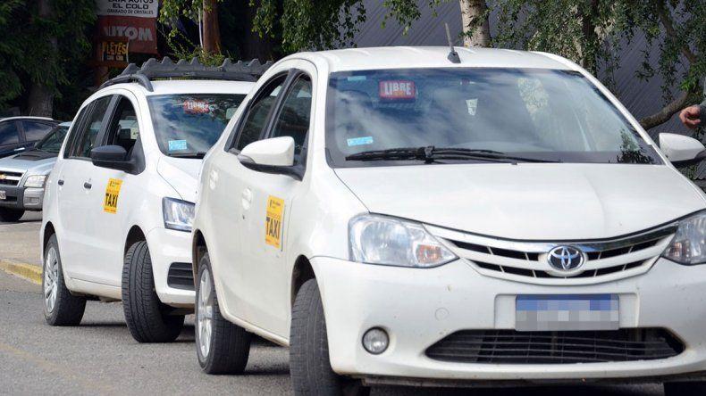 La Angostura: los taxistas reclaman por las licencias