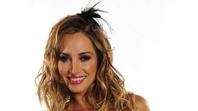 Arce quedó fascinado con la belleza de la modelo argentina y aseguró que es una mujer linda por dentro y por fuera.