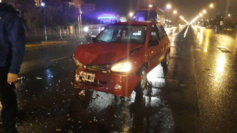 El sábado cayó a un canal y hoy chocó tras cruzar un semáforo en rojo en la Ruta 22