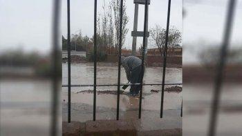 Las obras del futuro Metrobus complicó a los vecinos de San Lorenzo con la lluvia