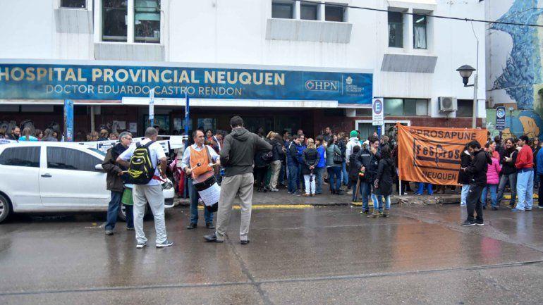 Médicos sacaron a la calle el conflicto por el convenio