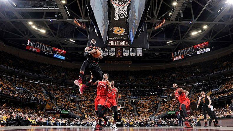 LeBron llevó a los Cavaliers a la final de la Conferencia Este
