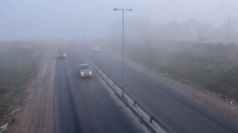 Otra vez la niebla complicó el tránsito en las primeras horas de la mañana