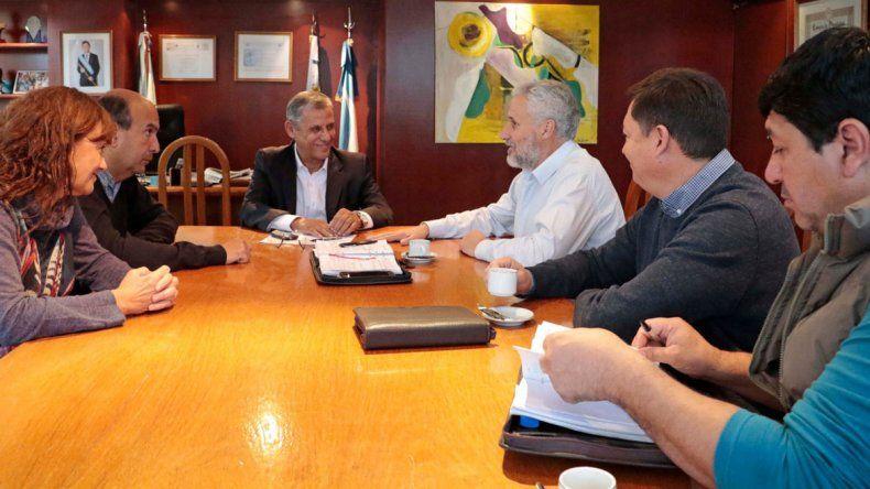 Quiroga, Peressini y Tortoriello firmarán el convenio para que Neuquén trate los residuos de Plottier y Cipolletti