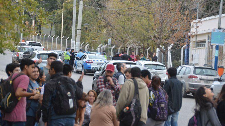 Tres amenazas de bomba pusieron en alerta a establecimientos universitarios