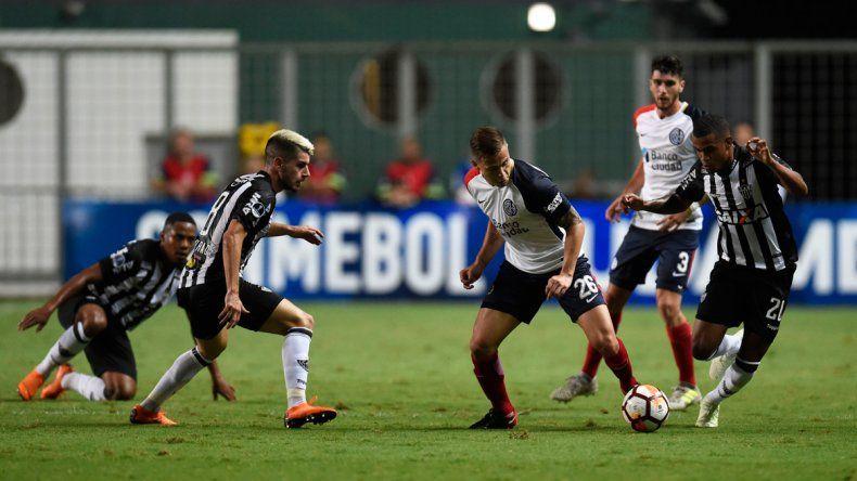 San Lorenzo fue inteligente en suelo brasilero y festejó la clasificación.