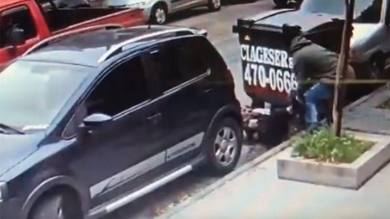 Le robaron 48 mil dólares en una salidera bancaria