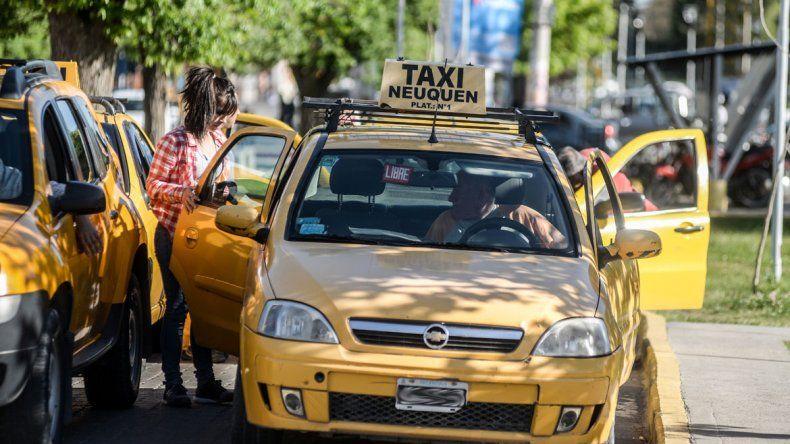 Pechi moderó el aumento de taxis para evitar enojos