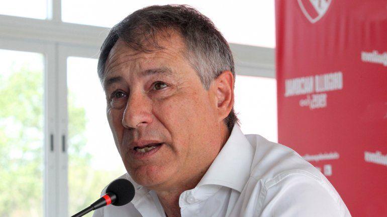 Ariel Holan exigió más transparencia en la programación de partidos.