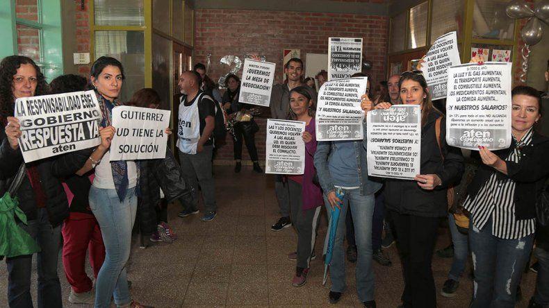 Storioni lamentó la incursión de ATEN en los actos escolares