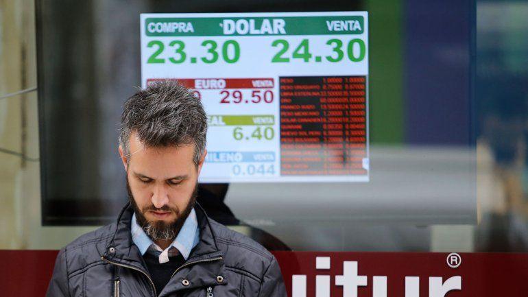 Para el Gobierno, en días la crisis del dólar será historia
