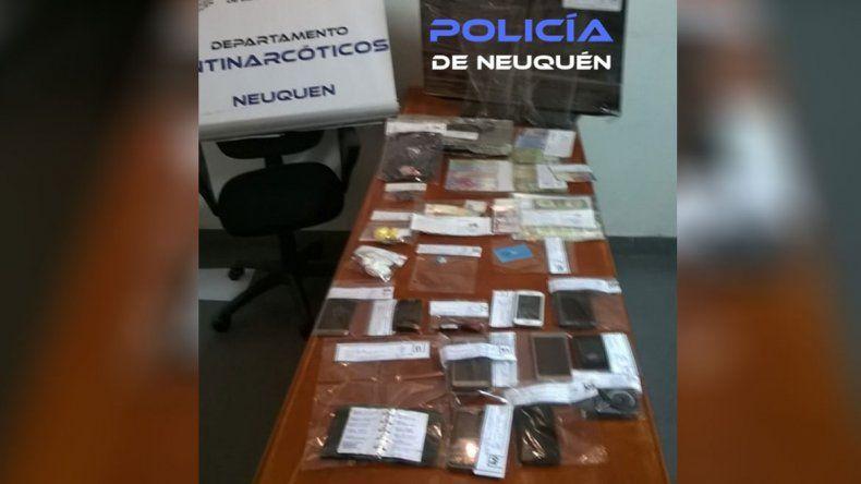 Cinco detenidos tras un allanamiento en Villa Ceferino por una causa de droga