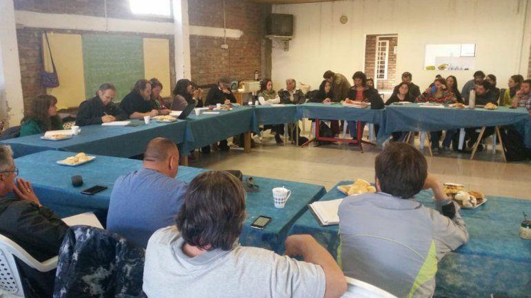 Las Defensorías del Pueblo se ofrecieron a mediar en el conflicto entre Gobierno y ATEN