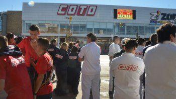 falsa alarma: evacuaron el alto comahue shopping