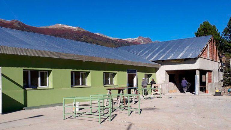 Reconstruyen el colegio de Lonco Mula