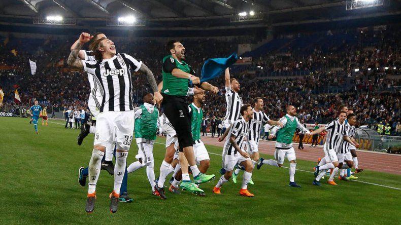 Juventus empató y alcanzó su séptimo título consecutivo