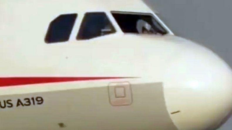 Los 119 pasajeros vivieron momentos de pánico pero sin heridos.