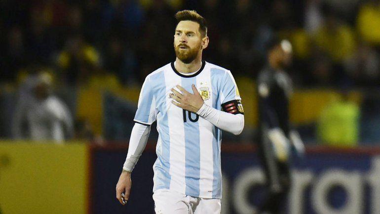 A 29 días del Mundial, Lio habló de todo desde Barcelona.