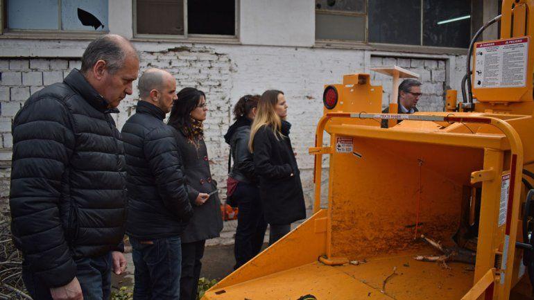 Hacen un tour guiado al depósito de residuos voluminosos