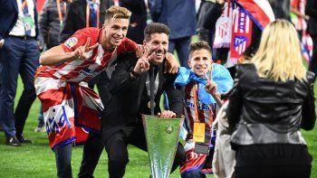 Simeone ganó su segunda Liga de Europa con el Atlético al vencer a Olympique de Marsella 3 a 0.
