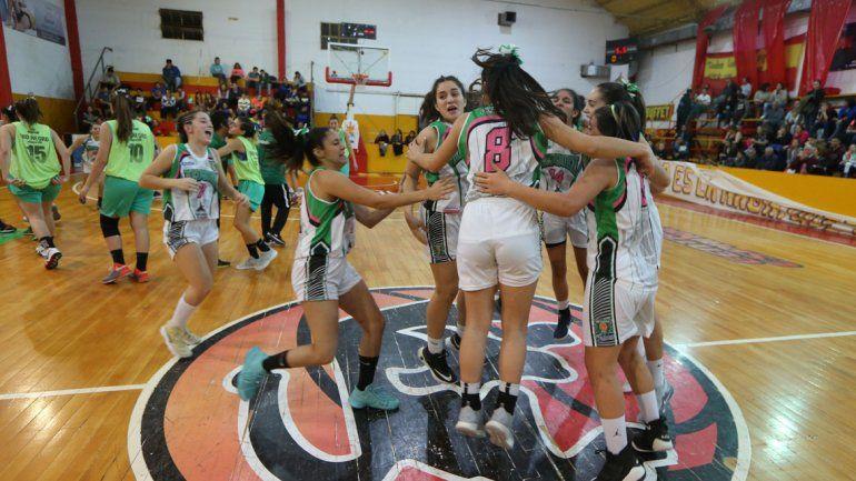 Las chicas del Verde eliminaron a Río Negro y buscan la consagración.