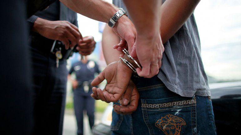 Lo detuvieron por asaltar a su prima y robarle el celular