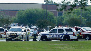 otra matanza en una escuela secundaria de estados unidos