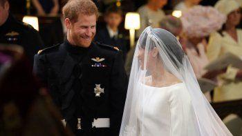 el principe harry y la actriz meghan markle dieron el si