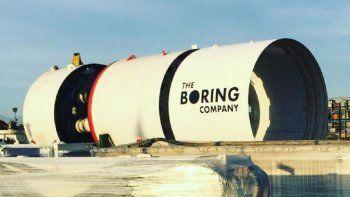 Elon Musk mostró detalles de sus viajes subterráneos