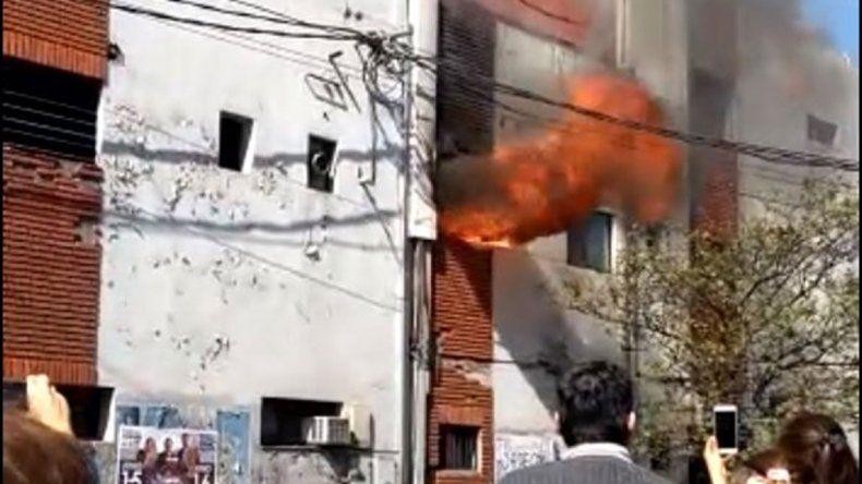 Pánico por la explosión de una tubería