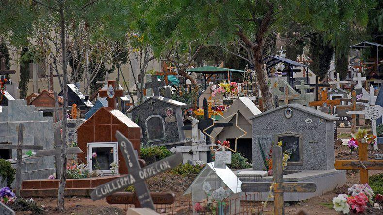 El cementerio El Progreso está al borde del colapso