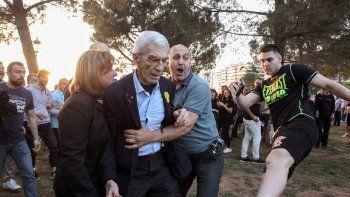 Cinco de los activistas de extrema derecha, ligados al partido neonazi Amanecer Dorado, ya fueron detenidos.