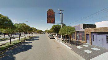 Los ladrones destrozaron la tienda de computación, que está ubicada en Avenida Keidel al 1500 de Plaza uincul.