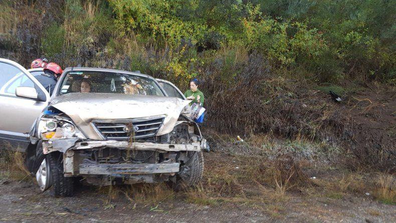 Tres turistas chilenos heridos en un accidente en la Ruta 40