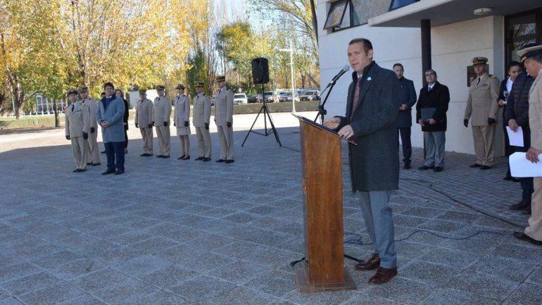 Gutiérrez encabezó el homenaje a guardacostas héroes de Malvinas