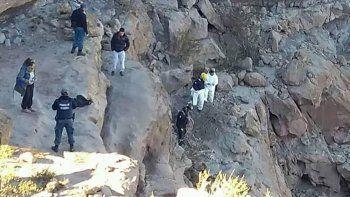 rescatistas retiraron el cuerpo del obrero fallecido