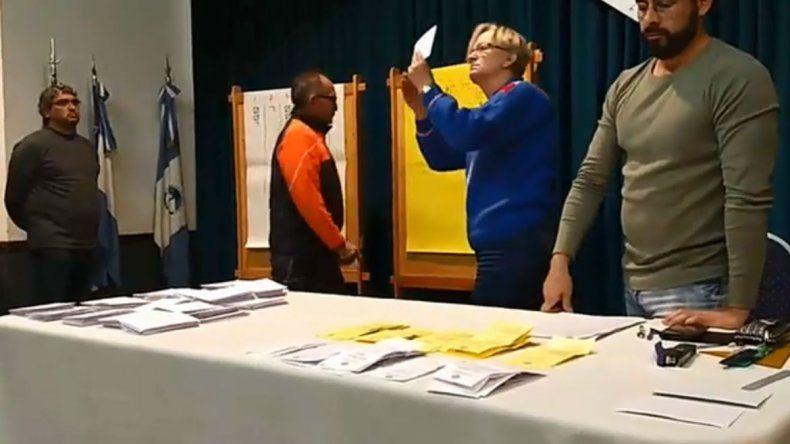 Terminaron las elecciones en la UNCo: seguí en vivo el escrutinio