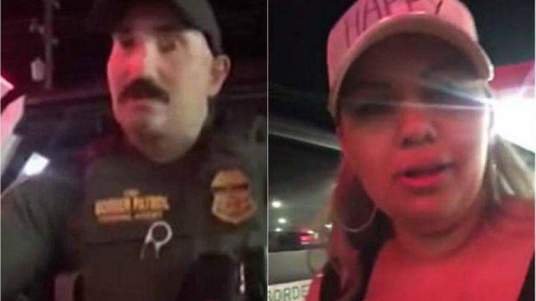 Les pidió que se identificaran sólo porque las oyó hablar en español.