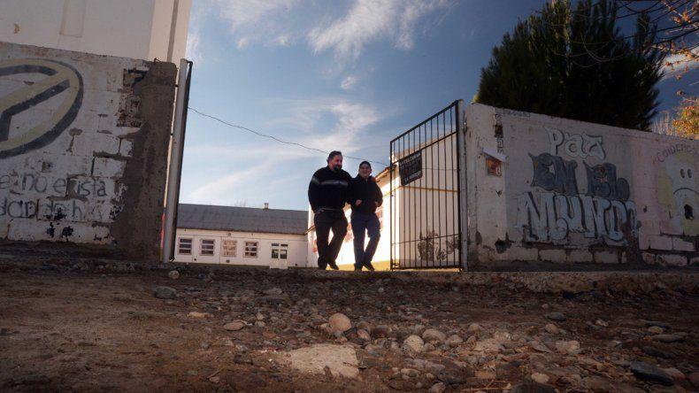 Tensión: gremialistas de ATEN impidieron el ingreso de los tutores y tomaron una escuela