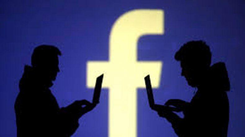 Facebook pide fotos de sus usuarios desnudos