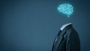 El motivo por el que algunas personas son tan inteligentes es porque tienen menos conexiones neuronales pero mucho más eficientes que los demás.