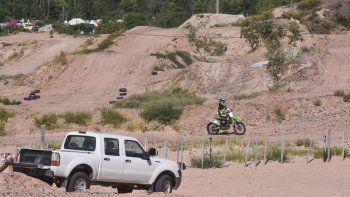 insolito: la justicia resolvio que el motocross en la barda no afecta el medioambiente