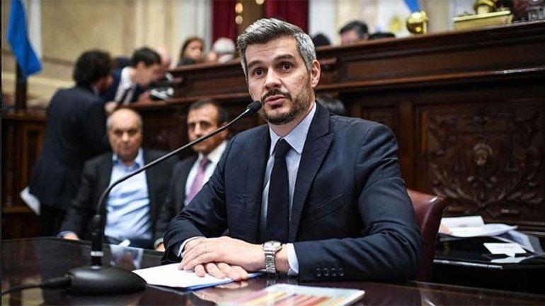 El jefe de gabinete presentó su informe ante decenas de críticas de la oposición.