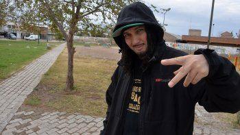 hopers: los pibes del oeste se rescatan con el hip hop